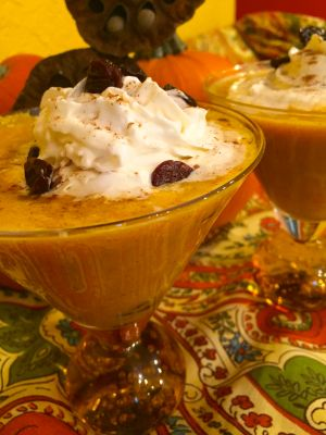 Spiced Pumpkin Pie Cocktails | cookingwithronco