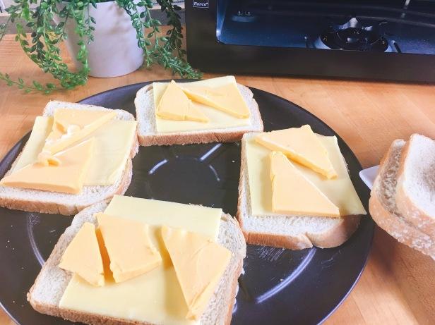 assemeblerd-grilled-cheese